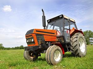 «Петрокоммерц» подал иск к «Тракторным заводам» на 6 млрд рублей