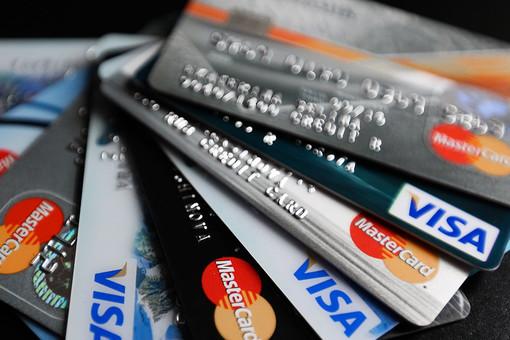 Оператору российских платежных карт нашли клиентов