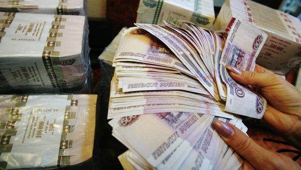 Восстановить доверие к рублю можно лишь после 7-10 лет роста