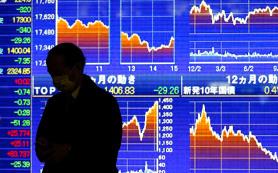 Нефть и рубль продолжают падение, аналитики обсуждают новые меры стабилизации от ЦБ