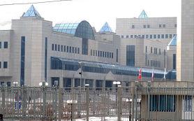 Власти обяжут «Газпром» и «Роснефть» продавать валютную выручку для укрепления рубля