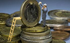 Зарплаты в развитых странах так и не вышли на докризисный уровень