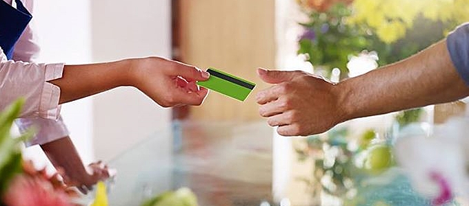 Росэнергобанк повысил ставки по кредитным картам