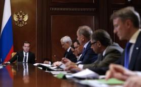 Медведев проведет 18 марта закрытое совещание по накопительному элементу пенсии