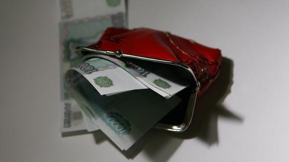 Россияне отдают на погашение кредитов более 40% своего дохода