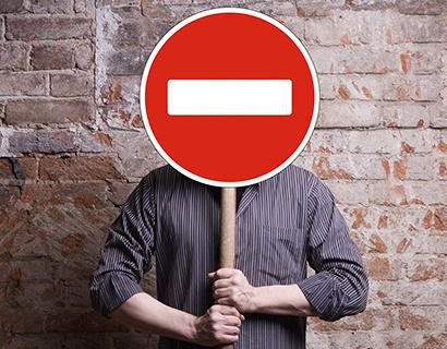 Банк «Евромет» приостановил обслуживание клиентов