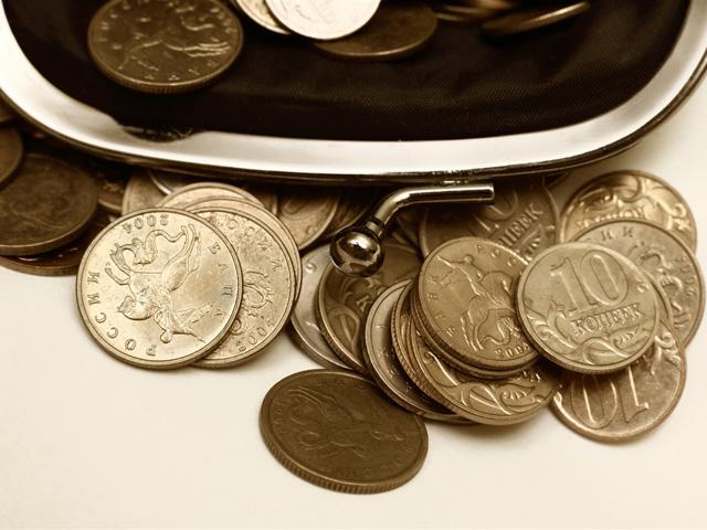 Росстат: реальные доходы россиян снижаются 11 месяцев подряд