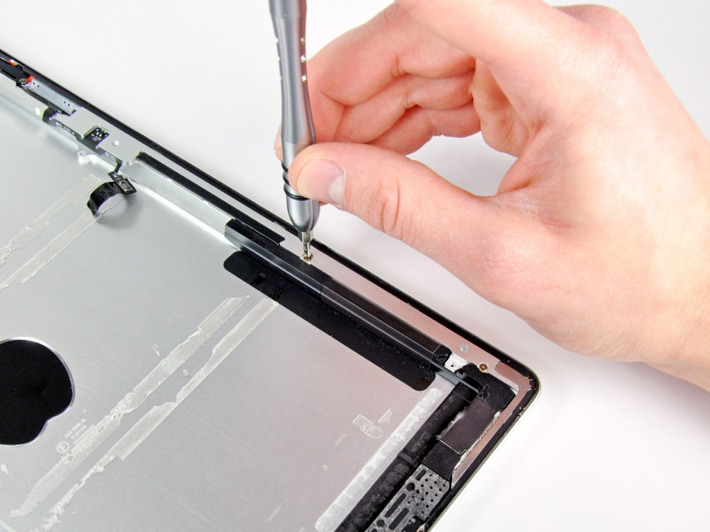 Какой ремонт может провести мастер iPad