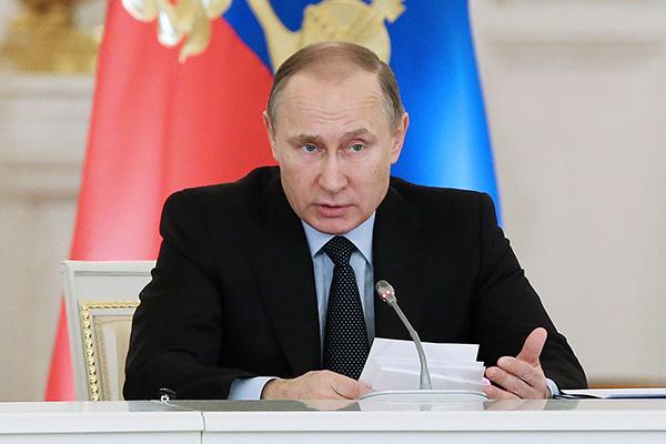 Путин требует сдержать рост цен