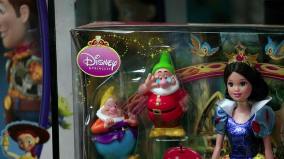Walt Disney откроет магазины игрушек и одежды в России