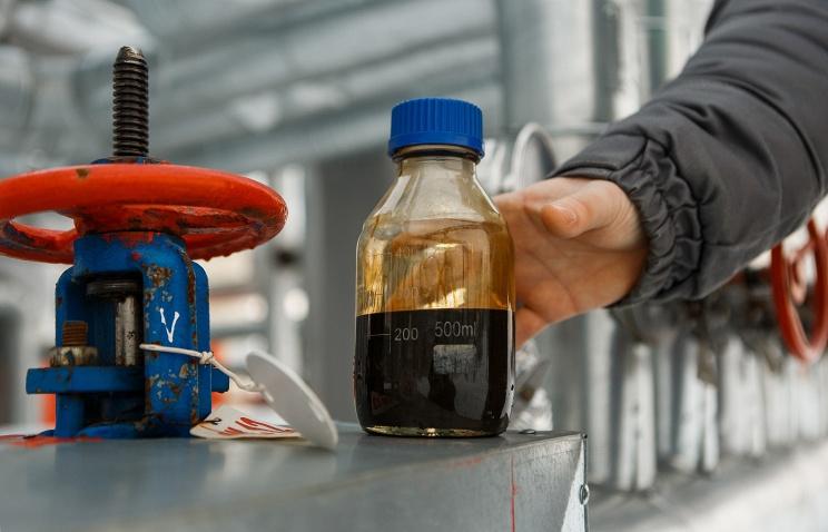 Специалисты «Транснефти» обнаружили пятно нефтепродуктов в Самарской области