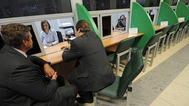 Титов предложил страховать средства малого бизнеса в банках