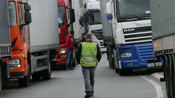 Иностранные перевозчики уезжают из России