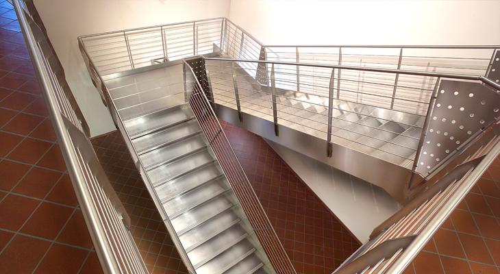 Выбор лестничного сооружения. Что нужно знать?