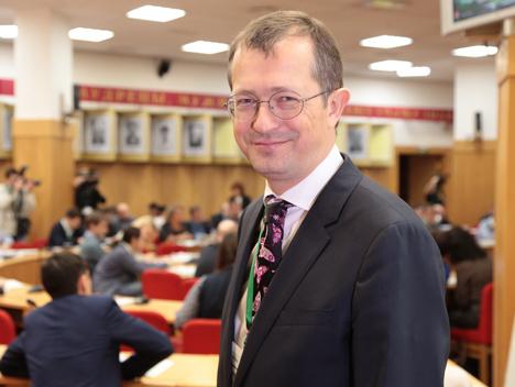 Аналитики рекомендуют продавать акции ВТБ