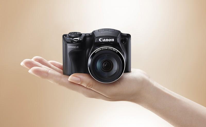 Как выбрать компактную фотокамеру