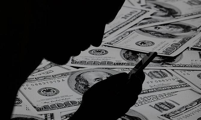 Банк России попал под шквал критики
