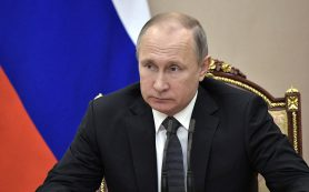 Путин подписал закон о либерализации валютного контроля физлиц