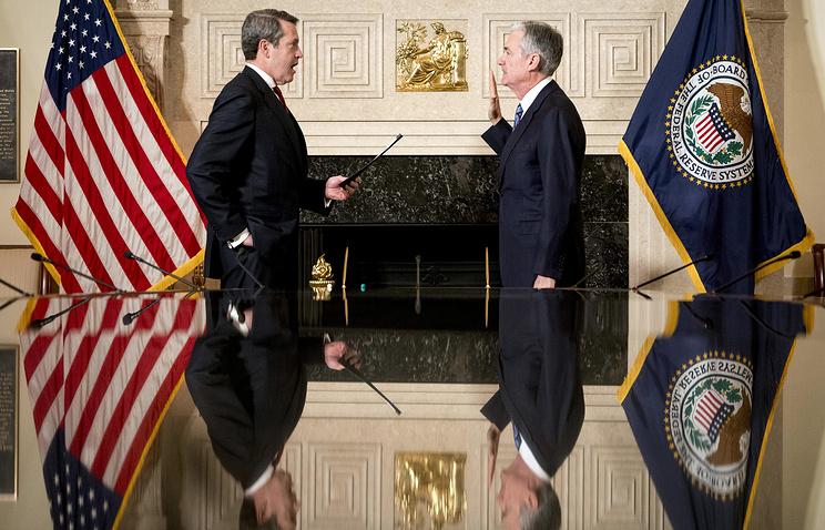 Пауэлл принес присягу в качестве главы ФРС