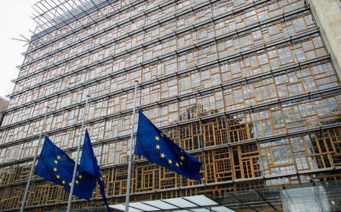 Евросоюз объявит войну кетчупу и изюму из Америки