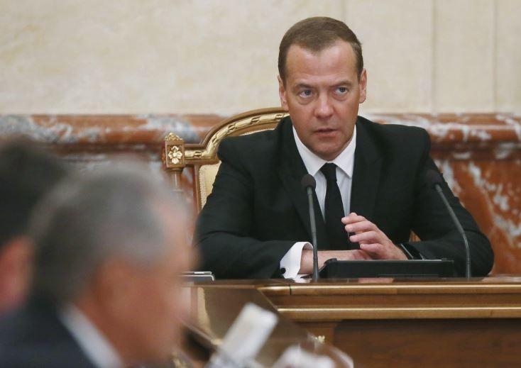 Медведев сообщил, что цифровая экономика «убьёт» многие профессии