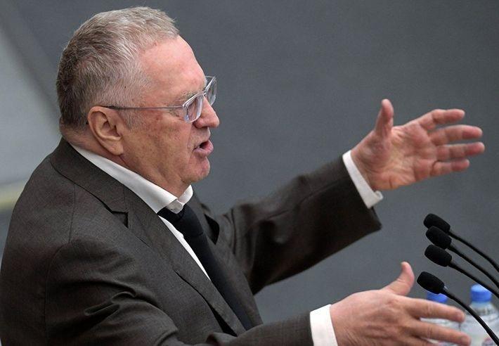 Жириновский предложил подать иск к ЕС за коммунистический эксперимент в России