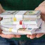 Прогноз: Как закончится лето для доллара и евро