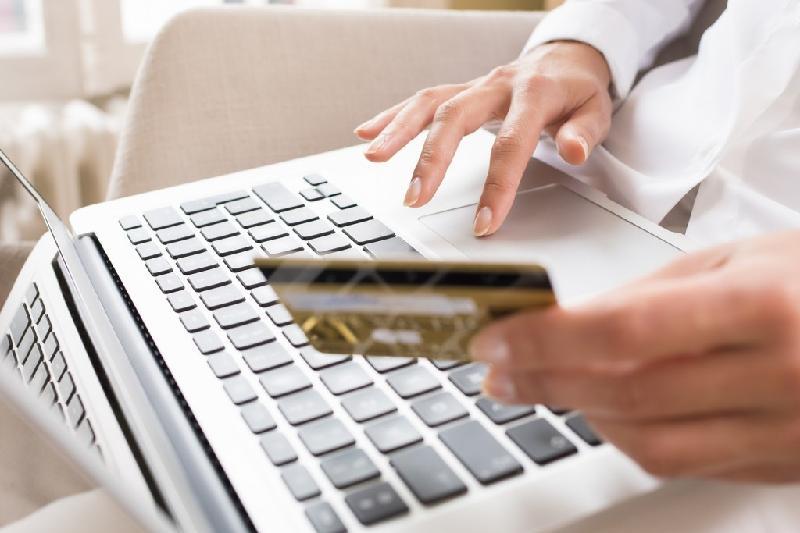 Почему взять займ в режиме онлайн выгоднее?