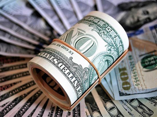 Назван максимальный курс доллара к октябрю