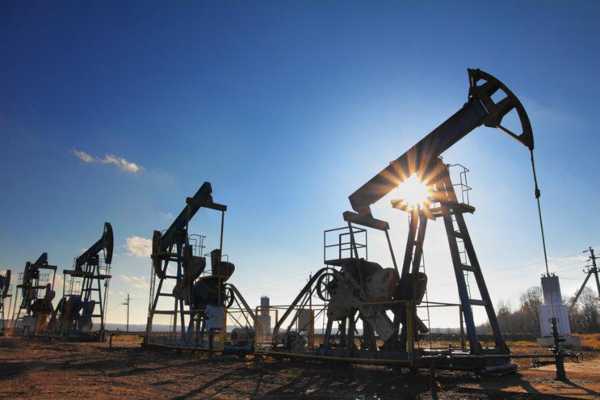 Новак: рынок нефти стабилизируется к лету