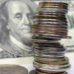 Рубль срывается в штопор: санкции ослабили «деревянный»