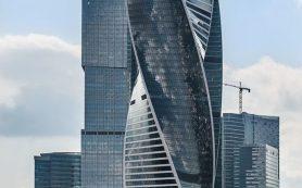 Госкорпорация «Транснефть» купила башню «Эволюция»