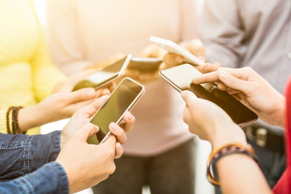 Ряд банков запустит быстрые переводы по номеру телефона