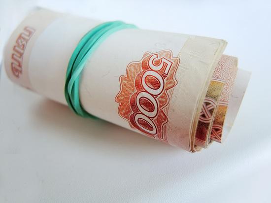 Тяжесть растраты: оплата покупок картами достигла рекорда