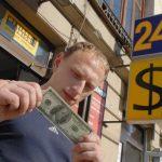 Путин подписал закон о запрете выдачи микрокредитов под залог жилья