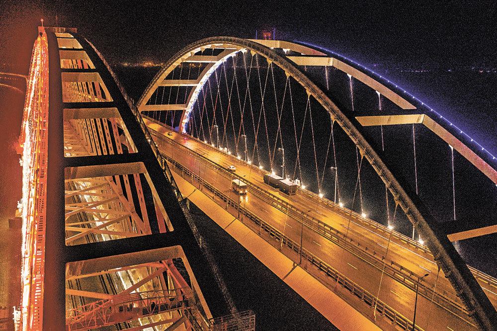 На Крымском мосту открывается железнодорожное сообщение