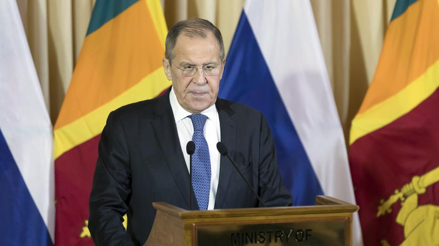 Лавров рассказал о поэтапном отказе российской экономики от доллара