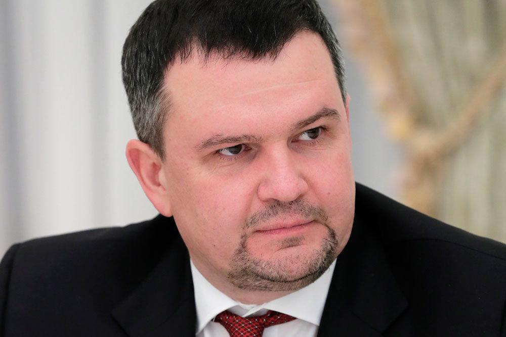 Дальнейшим развитием почтового оператора займется Максим Акимов