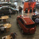 Как в автосалонах выманивают деньги у доверчивых покупателей