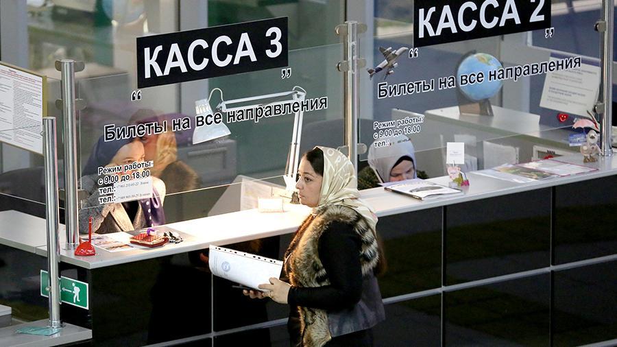 Сборы не утихнут: ФАС хочет снять регулирование тарифов в аэропортах