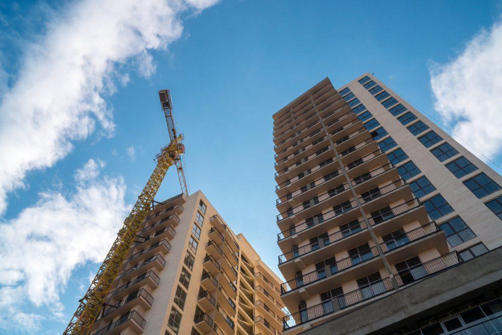 Названы регионы, где новые квартиры продают по цене ниже себестоимости