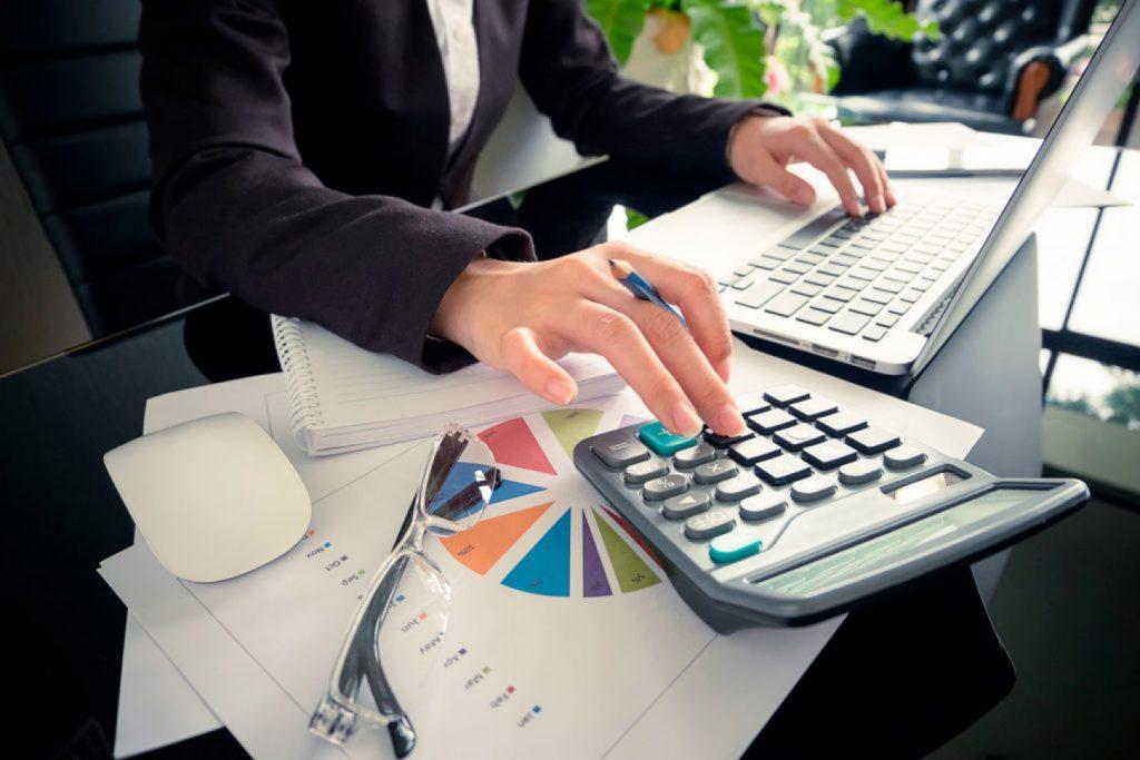 Титов: Субсидии в размере МРОТ получит около трети предпринимателей