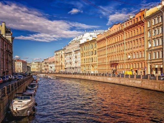 Пандемия обрушила цены: белые ночи в Петербурге станут сверхдоступными