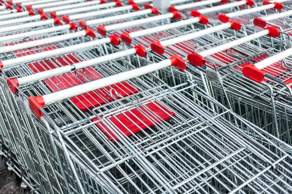 Покупаем на выгодных условиях б/у тележки потребительские