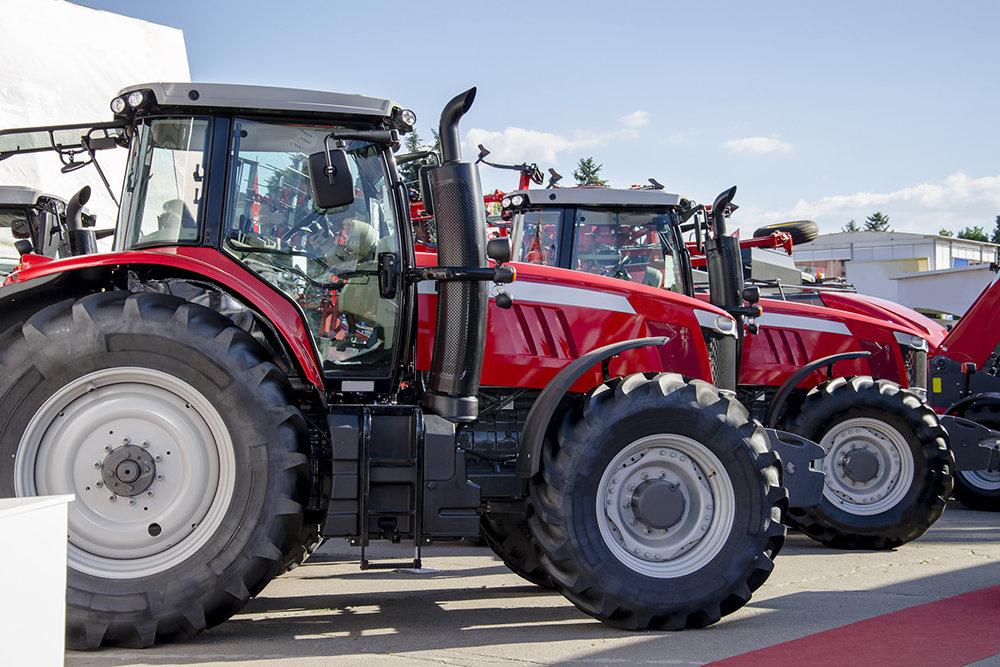 Аграрии получат свыше 1,5 тысячи единиц сельскохозяйственной техники