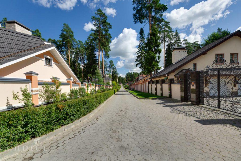 Покупка загородного жилья в элитных поселках