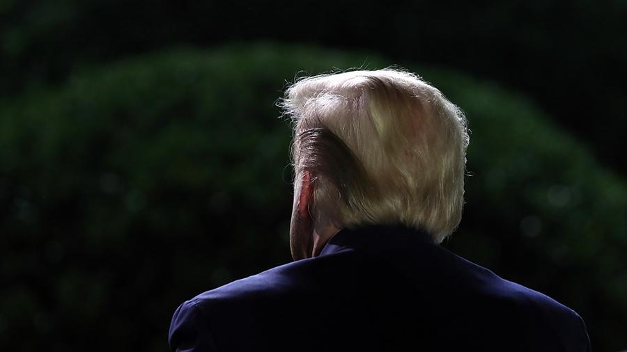 Трамп помиловал пришедшего на съезд республиканцев экс-грабителя банка