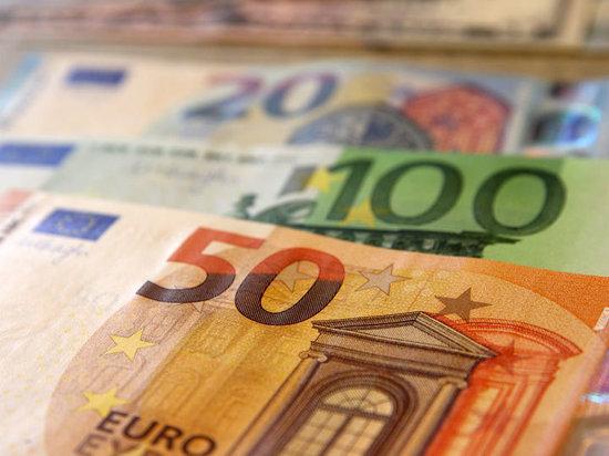 Россия променяла доллары на евро
