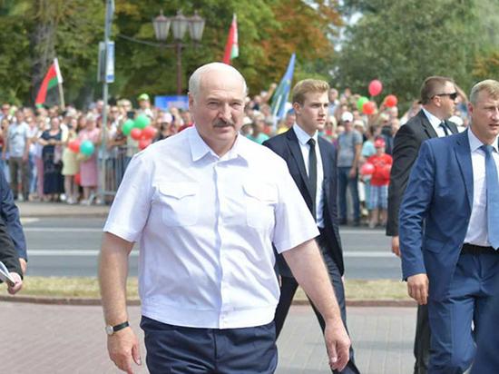 Белоруссия на грани банкротства: какие требования Москвы придется выполнить Лукашенко