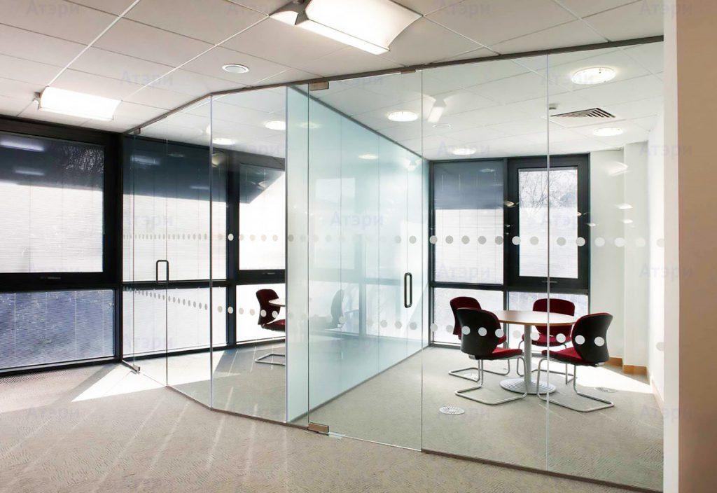 Качественные перегородки из стекла в каждом офисе